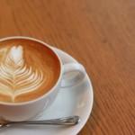 カフェインの含有量① (コーヒー、デカフェ、エナジードリンク、栄養ドリンク、コーラ、ココア、チョコレート)